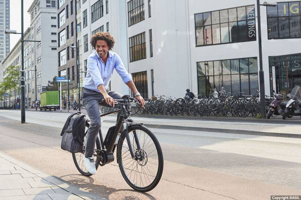 Fahrradtaschen-Buero-Basil-B-Safe-Backpack-Nordlicht