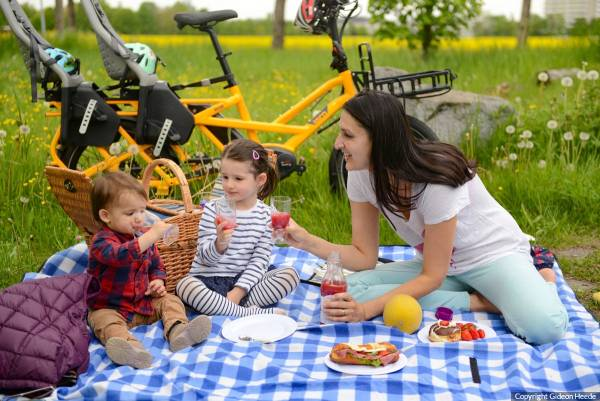 Bikepicknick-Familie