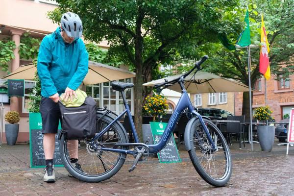 Fahrradtaschen-rihctig-packen